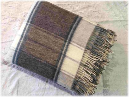 Foto Deka vlnená tkaná so strapcami / jednovrst. tmavšia šedo- prírodná biela